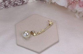 NEW Authentic Christian Dior 2019 CD CRYSTAL LOGO HEART DANGLE STAR Earrings image 11