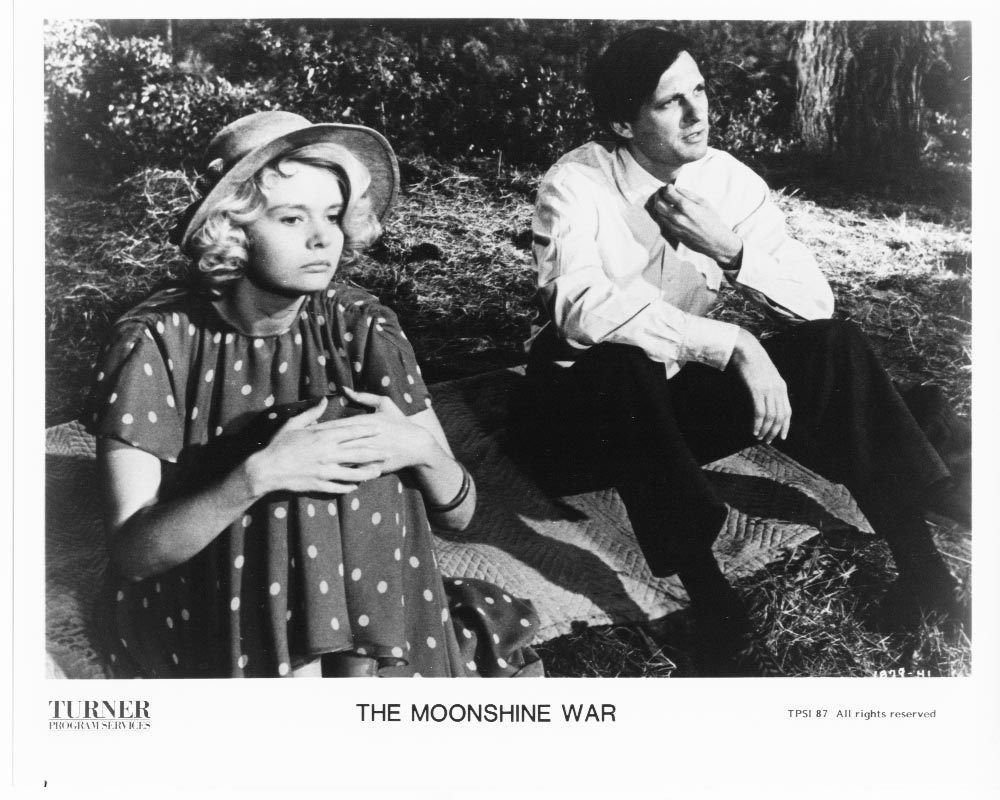 Moonshine War Alan Alda Melodie Johnson Press Publicity Photo Movie Film