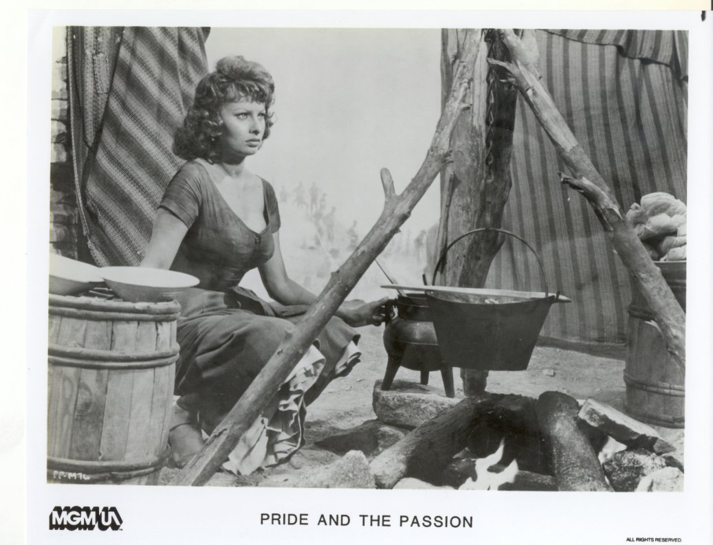 Pride and the Passion Sophia Lauren Press Publicity Promo Photo Movie