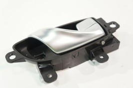14-2018 infiniti q50 front right passenger side interior door handle gray oem - $17.64