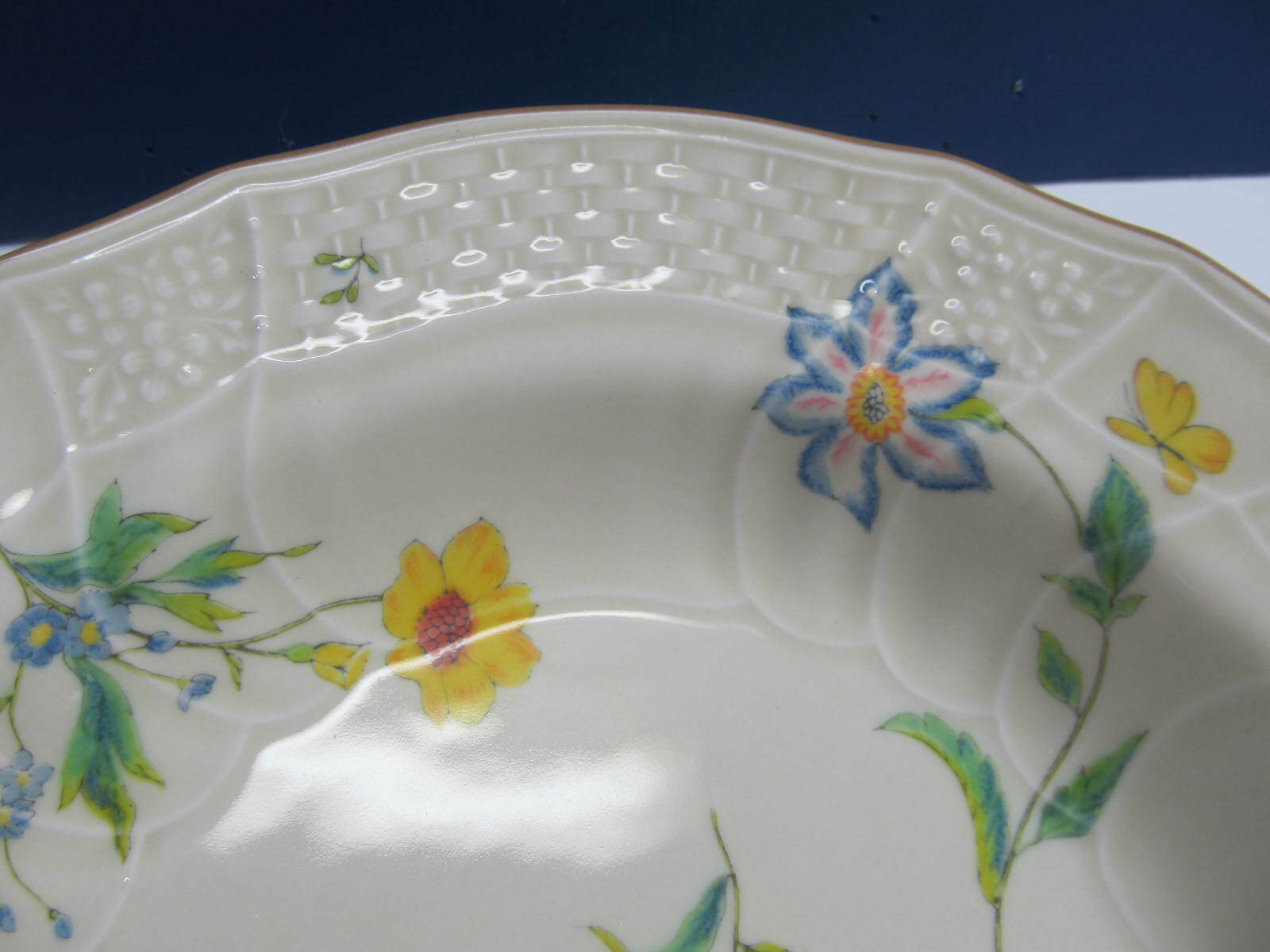 "Primary image for Mikasa Rose Bouquet Rimmed Vegetable Bowl 10 1/4"" Model D1005"