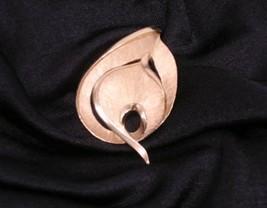 Trifari Goldtone Stylized Leaf Pin Brooch Vintage - $24.01