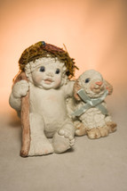 Dreamsicles: Good Shepherd - DX104 - Cherub With Lamb - Classic Figure - $28.70