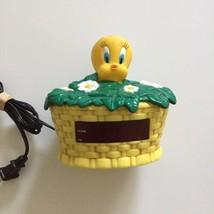 Westclox Tweety Bird Nightlight Alarm Clock - Looney Tunes - Model No. 3... - $16.17