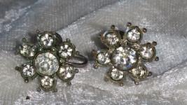 Signed early Nemo flower clear rhinestone earrings vintage petiete button - $21.00