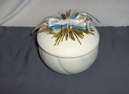 Heritage House White  Porcelain Christmas Music Trinket Box Silent Night - $39.99