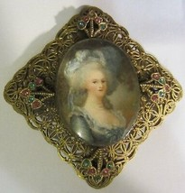 Vintage Victorian Gilded brooch - $26.55