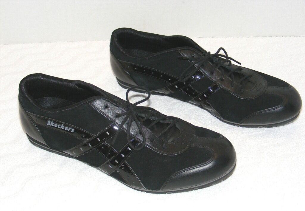 WOMEN'S SKECHERS BLACK LEATHER SYNTHETIC UPPER ATHLETIC SNEAKERS SIZE 9.5 GUC