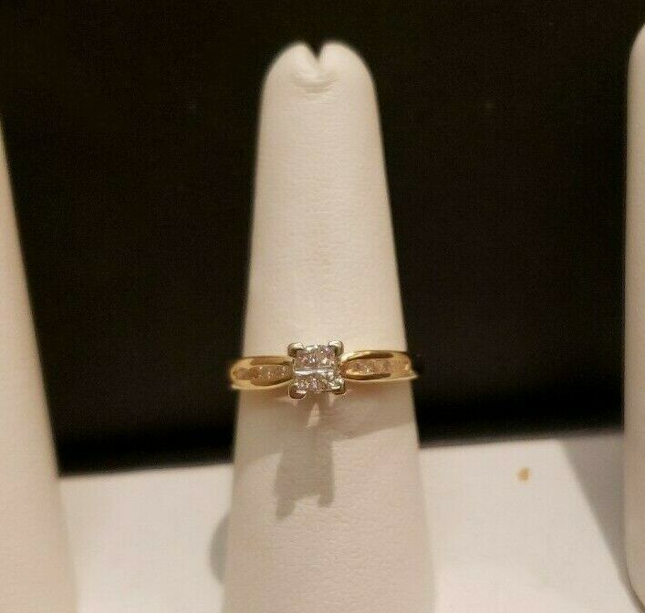 Primary image for 14 K Yellow Gold Diamond Engagement ring 0.50 ct , size 8