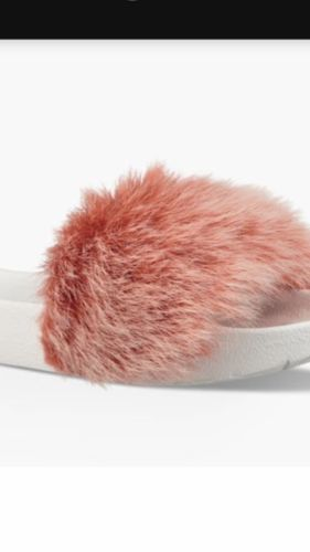 0234f52f356 Ugg New In Box Royale Tipped Slide Coral and 50 similar items