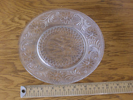 Vintage Pressed Glass Beautiful Pattern - $9.95