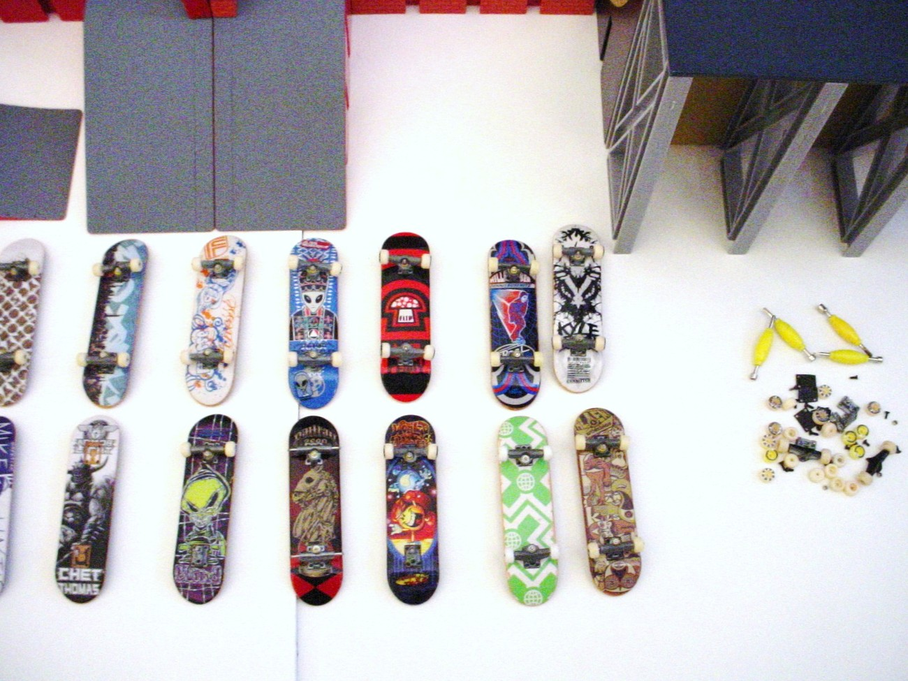 Tech Deck Skateboard Lot Of 96mm Finger Boards And Ramps