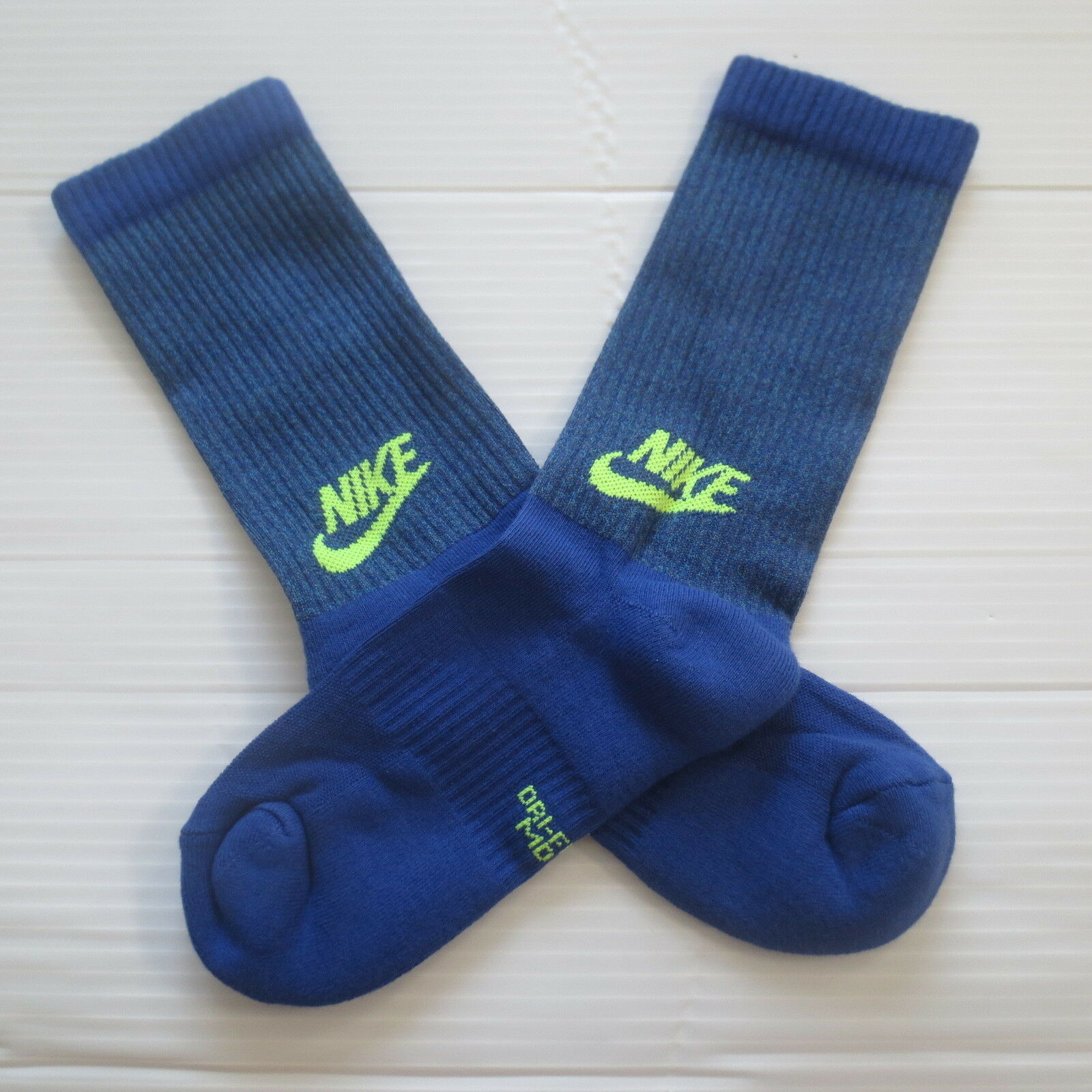 Nike Youth Cushioned Crew Socks - SX6840 - Blue - Size M - NEW