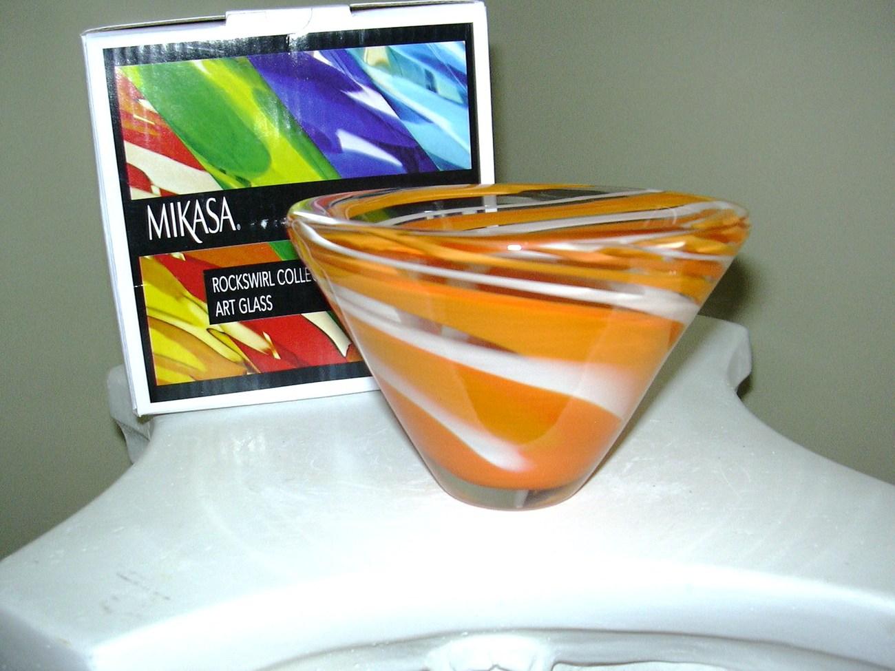 "Mikasa Rockswirl 5"" Cone Shaped Bowl"