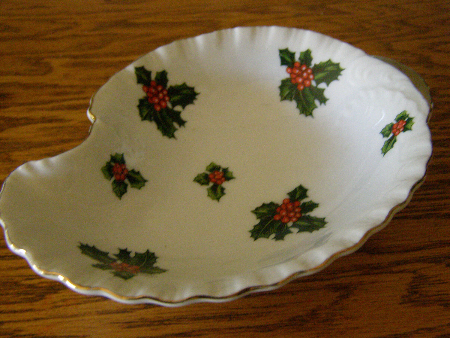 Vintage Lefton China stickered Christmas Dish with Holly Hand Painted Number 794 - $14.30