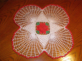 Beautiful Doily for placement of your fine Centerpieces  Holiday Christm... - $19.95