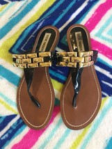 Steve Madden Sandals Flats Thong Excellent Womens 5 6 Small Shoes - $14.84