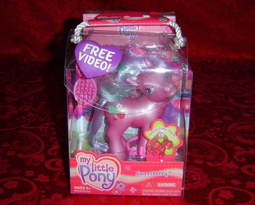 My Little Pony Sweetberry with video charm charm bracelet 2002 Hasbro G3