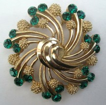 Vintage Crown Trifari Brooch Pin Green Rhinestones Gold Tone Swirl Design - $49.45