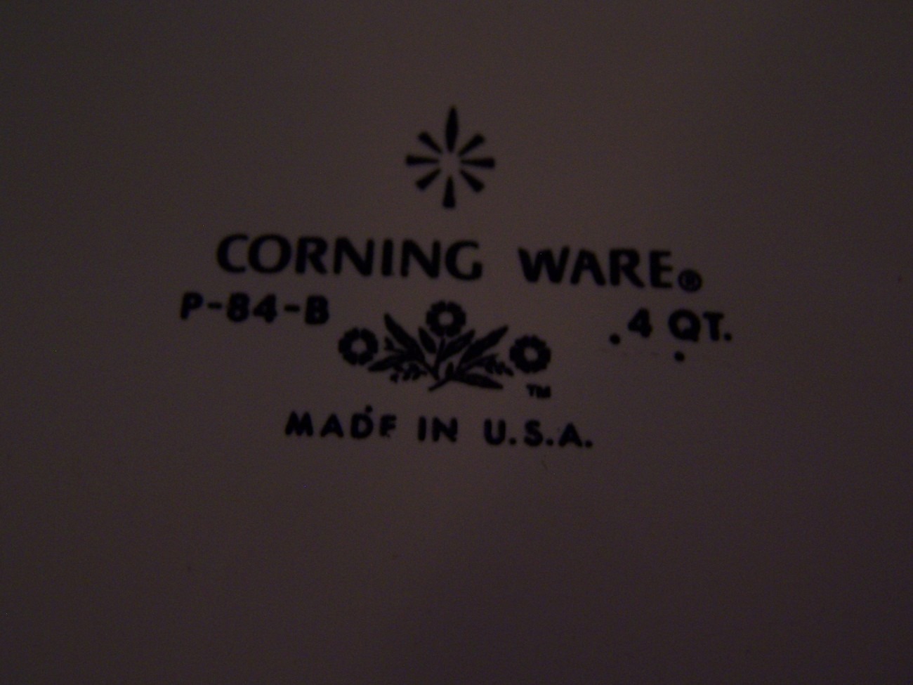 Corning Cornflower 4Quart Covered Casserole