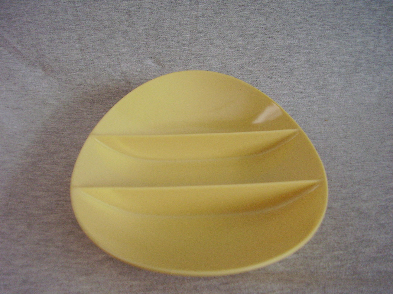 Fostoria Melmac 3 Section Divided Serving Dish Bowl