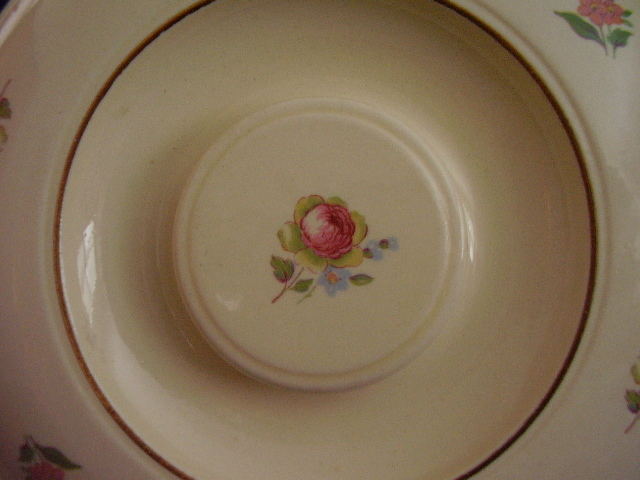 Vintage Laughlin Household Institute Priscilla Lid Pink Rose
