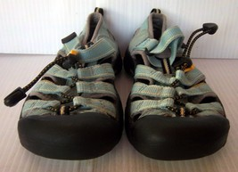 KEEN - Girl's Pale Green Newport H2 Waterproof Sport Sandals - Youth Siz... - $15.95