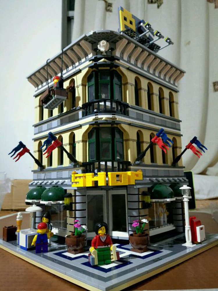 Grand Emporium Building Blocks (compatible Lego 10211)