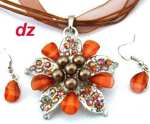Coffee  Lady Fashion Gemstone Flower Necklace and Earring Set