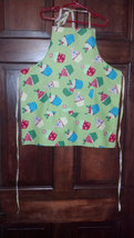 Christmas Cup Cakes Child Apron - Lined with pockets - Child Med (5T - 6T) - $12.99