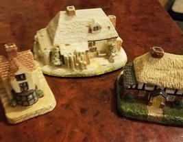 Vintage Royal Doulton Christmas  Cottages Christmas Village plus two - $15.79
