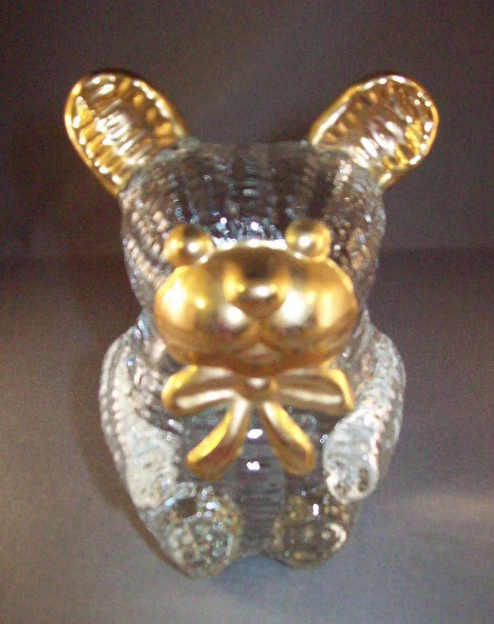 Glass bear with gold trim 001