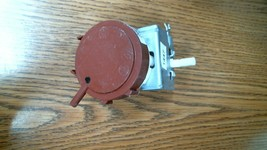 #1447 175D4766P001 Ge Washer Water Level Switch - Free Shipping!! - $9.36