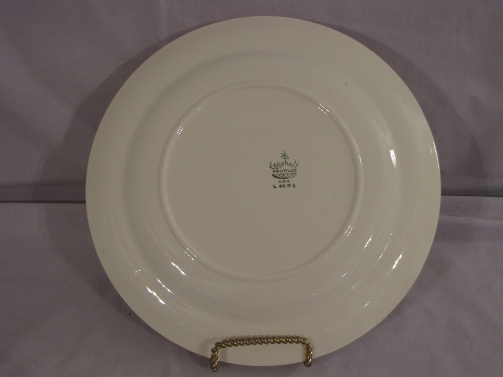 Homer Laughlin Eggshell Nautilus Apple Blossom Dinner Plate