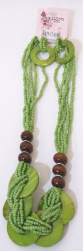 Madison Avenue Natural Green Shell Necklace Earring Set Lobster Claw Clasp