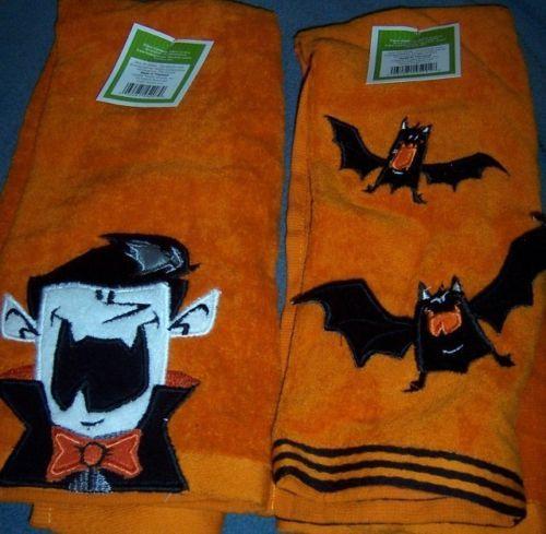 Halloween Hand Towels Set of 2 Vampire Bats Dracula NEW