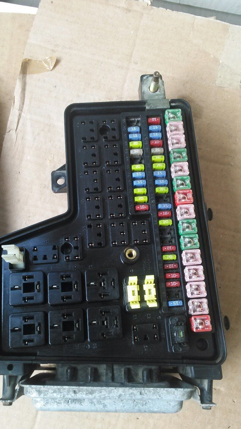 03 Dodge Ram Integrated Power Distribution And 21 Similar Items Fuse Box Module 47l P56049680ac