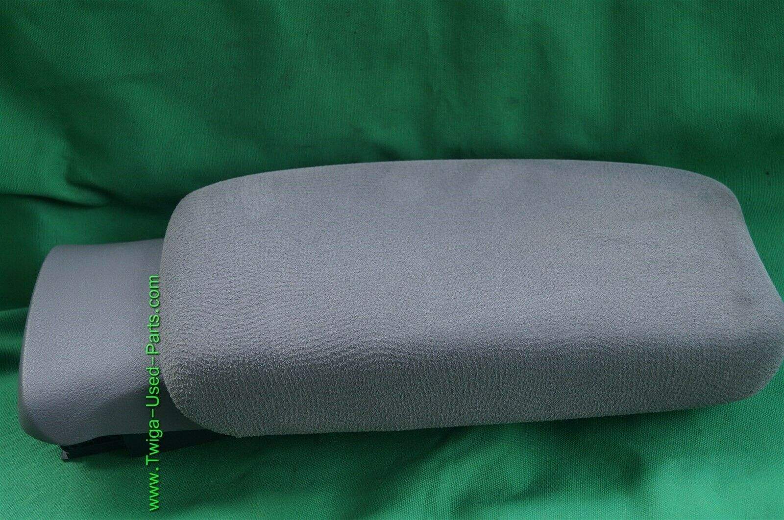 06-11 Honda Civic Sliding Armrest Arm Rest Center Console Lid Cover Fabric Gray