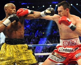 ROBERT THE GHOST GUERRERO VS FLOYD MAYWEATHER JR 8X10 PHOTO BOXING PICTURE - $3.95