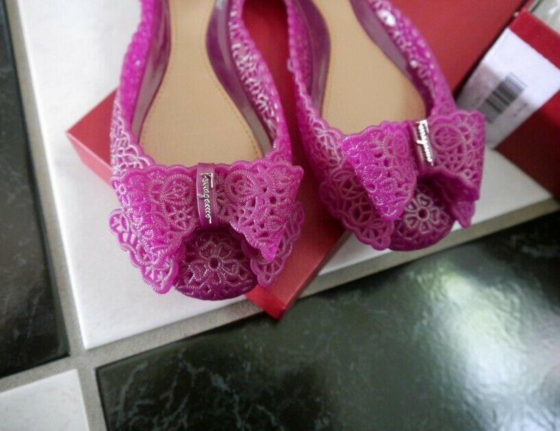 NIB 100% AUTH Salvatore Ferragamo Nilly Jelly Flat Sandals $270 Sz 7M