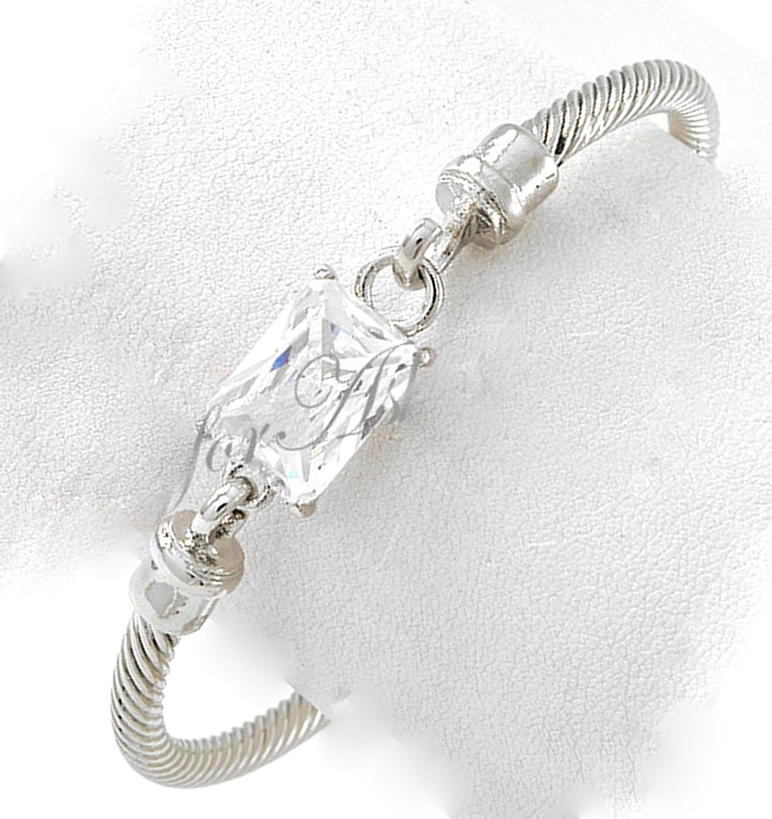 """7.5"""" Womens Classic Silver Twisted Cuff Bracelet Clear Glass Adjustable - $6.73"""
