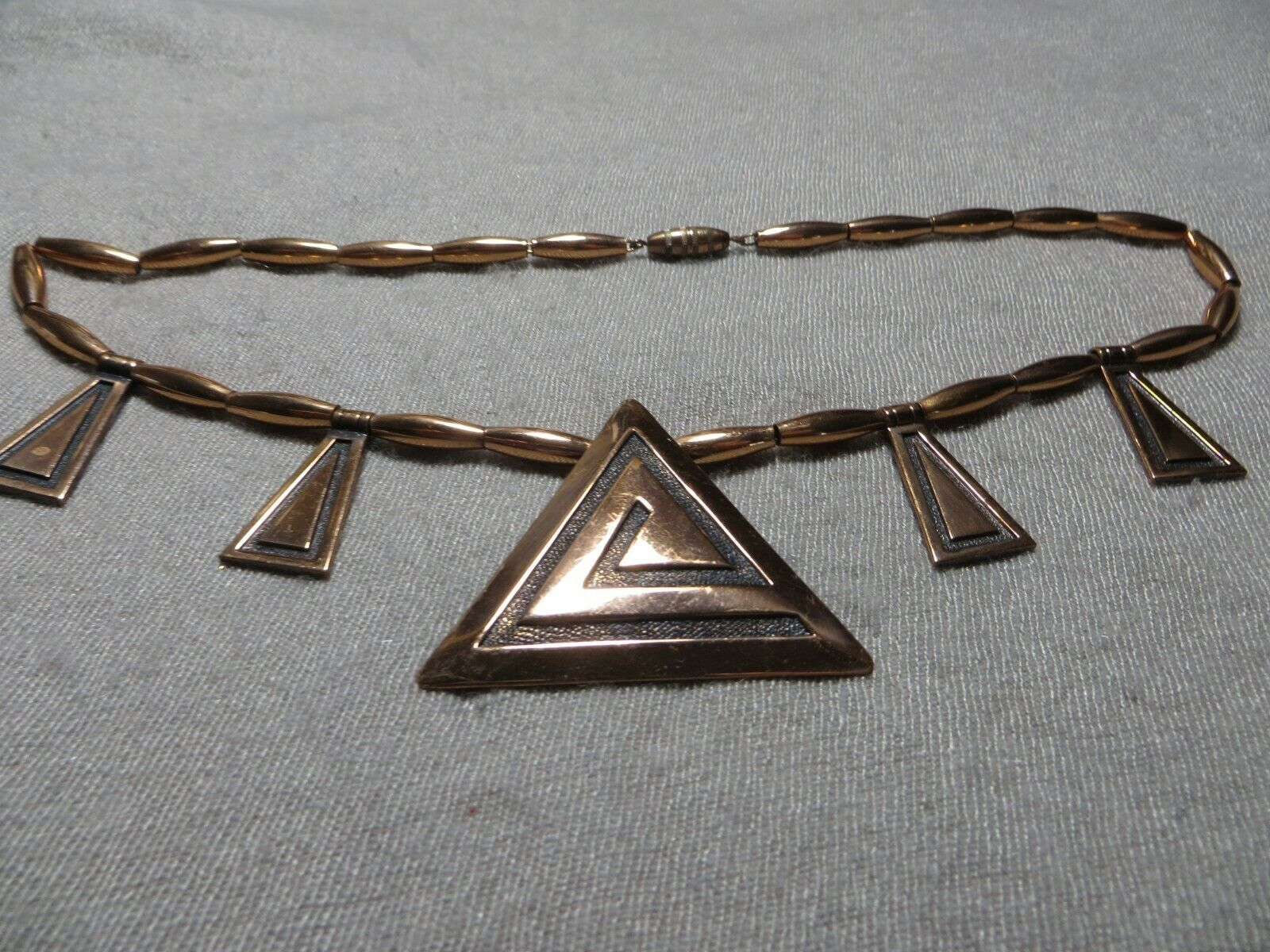 """Vintage 60's Solid Copper Geometric Charms Tube Links Collar necklace 17"""" L."""