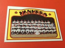 1972   N.Y.  YANKEES  TEAM  #  237  TOPPS   BASEBALL   NM / MINT  OR  BE... - $39.99