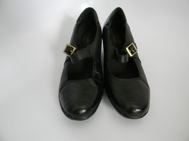 "Clarks Bendables Womens Black Leather Upper 1.75"" Heel Shoes Size 5.5M 6... - $24.99"