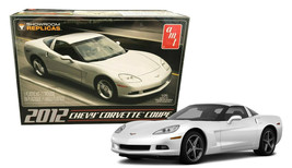 AMT 2012 Chevy Corvette Coupe 1:25 Scale Model Kit AMT-756 New in Box - $24.88
