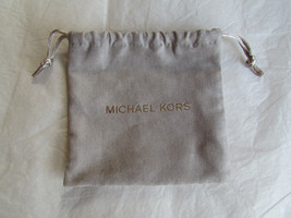 Michael Kors Drawstring Jewelry Bag Gray Silver NEW - $9.90