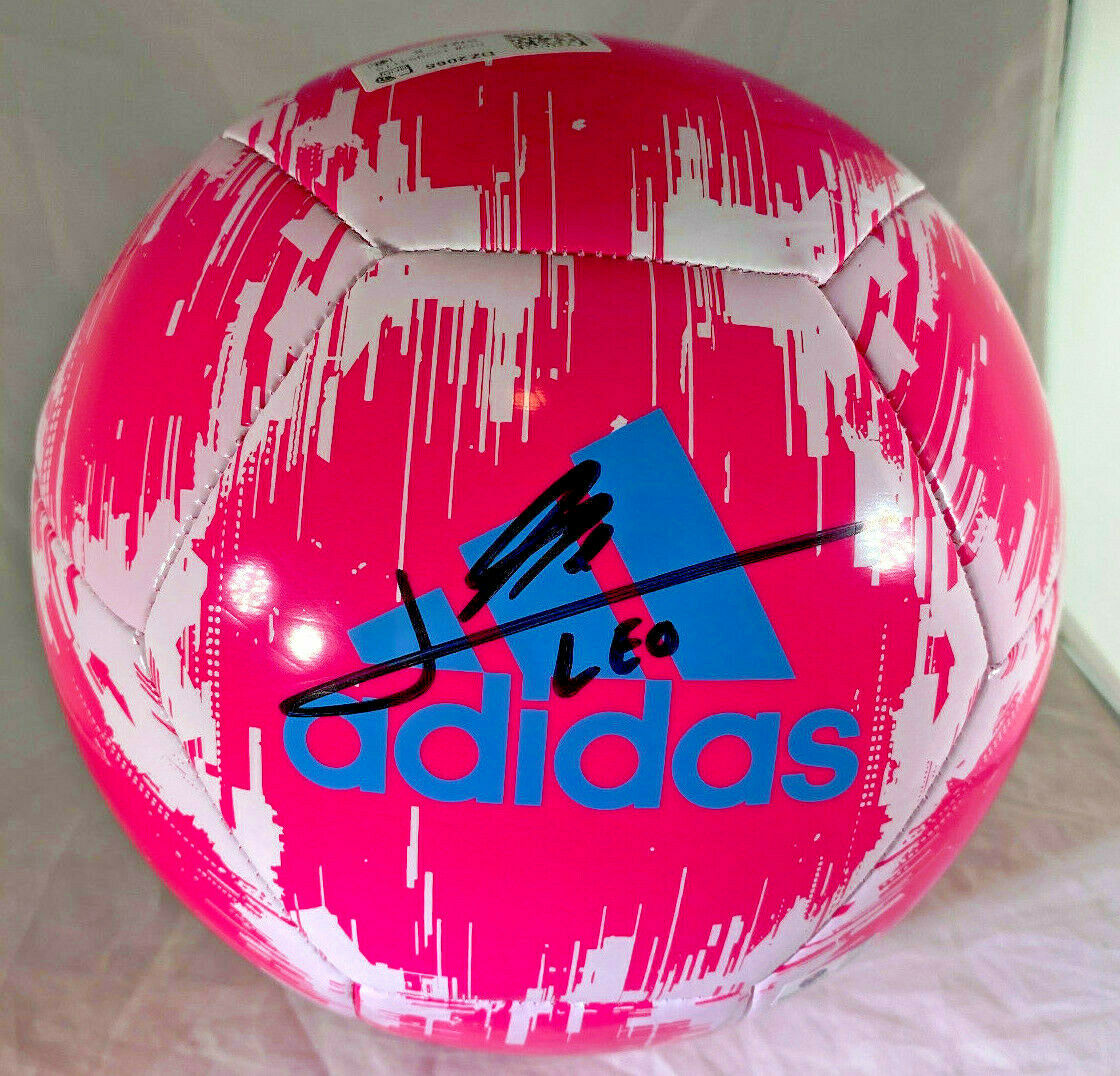 """LIONEL """"LEO"""" MESSI / AUTOGRAPHED ADIDAS GLIDER BRAND FULL SIZE SOCCER BALL / COA"""