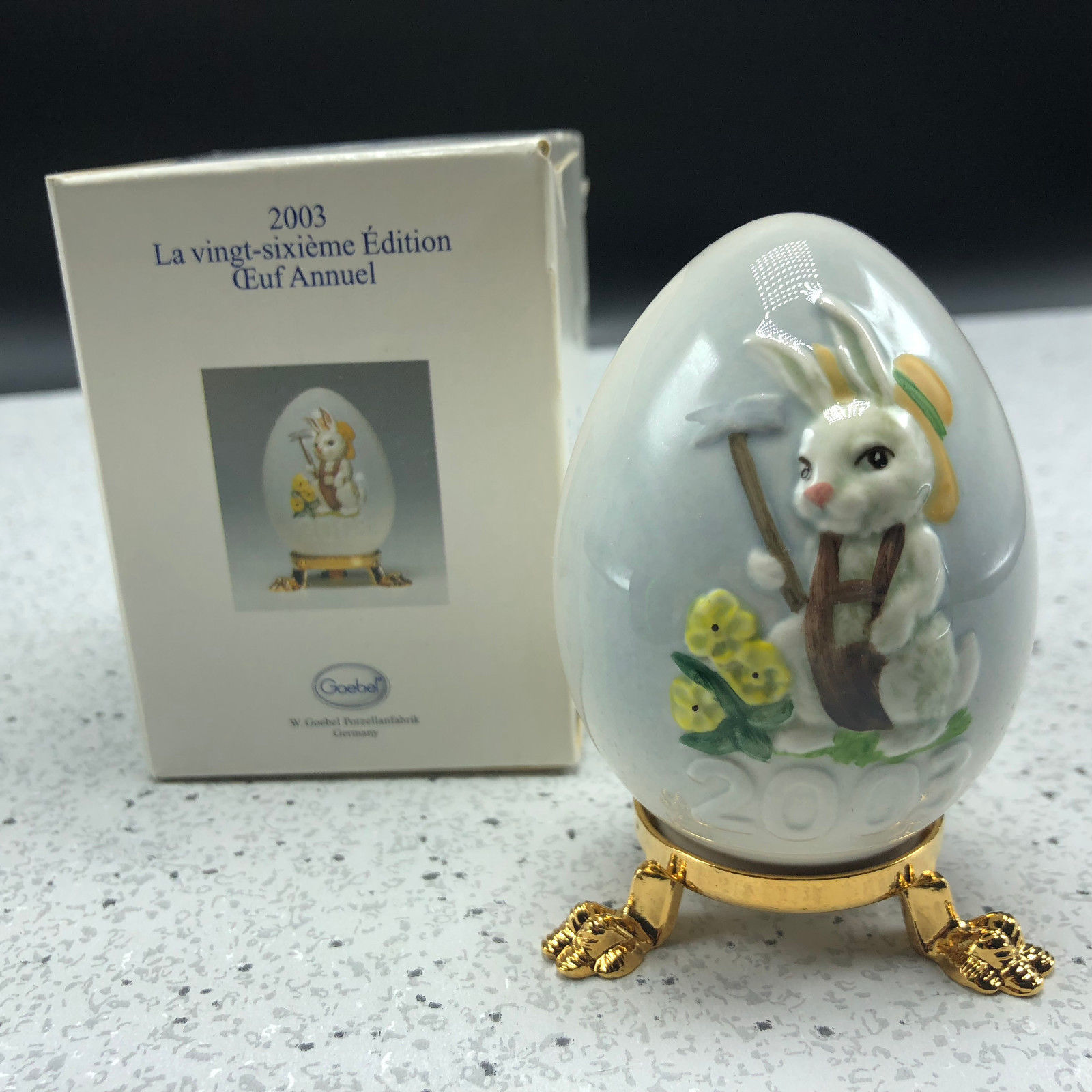 2003 GOEBEL ANNUAL EASTER EGG West Germany 26th edition figurine bunny rabbit UK