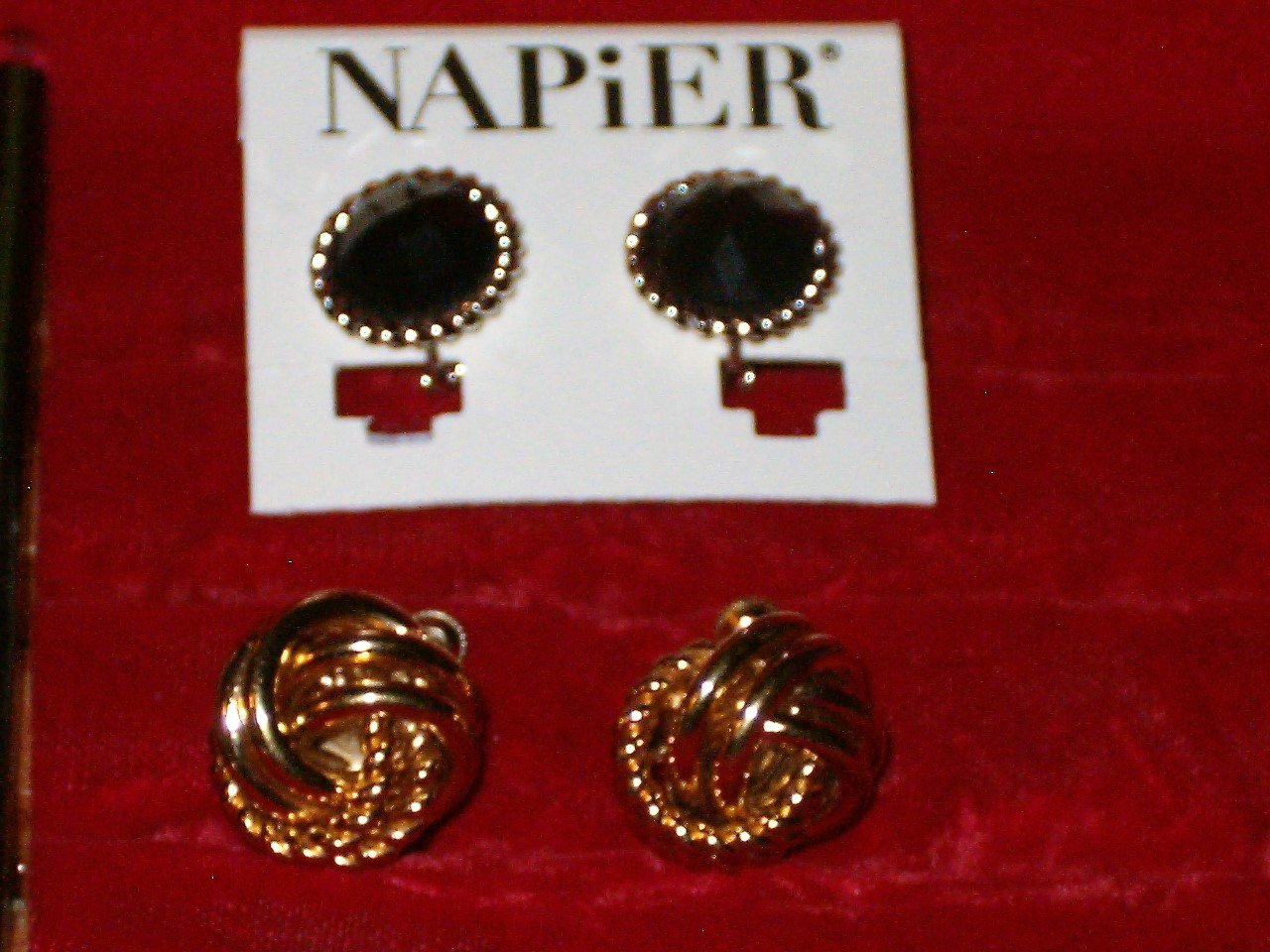 8fb56e8d1 Lot Of 2 Pair Vintage Signed Napier Screw Back Clip On Earrings 1 Gold  Plated Kn