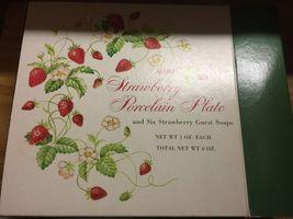 VTG 70s AVON Strawberry Porcelain 22K Gold Rimmed Collector's Plate/6 Soaps~NIB image 2